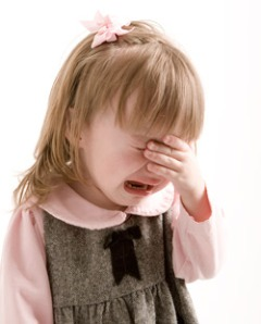 little_girl_crying