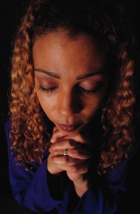 praying-black-woman